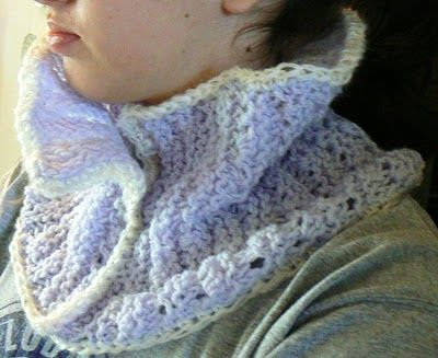 Invisible Loom Innovative Patterns for Loom Knitters: Delphinium Lace