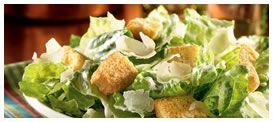 Applebee´s Caesar Salad: Todo un clásico. La más fresca lechuga costina, bañada con aderezo caesar, decorada con queso parmesano y crutones. Acompañada con pollo a la parrilla. Foto referencial.