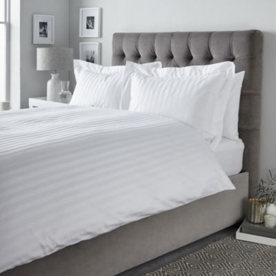 Cambridge Stripe Duvet Cover Cambridge Stripe Bed Linen Collection Bed Linen Collections The Whi White Linen Bedding Bedding Sets Uk Luxury Bedding Sets