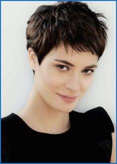 Kurzhaarfrisuren Dickes Haar Damen Haarschnitt Kurzhaarfrisuren Dickes Haar Kurzhaarfrisuren
