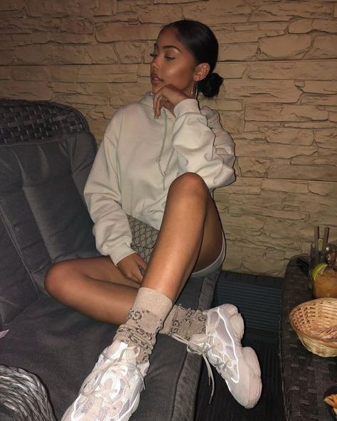 How to get Adidas Yeezy Boost 500  Salt trainers #sneakers #fashion #shoes #sport #men #woman #style  #adidas #yeezy #yeezyboost #yeezy500 #Salt