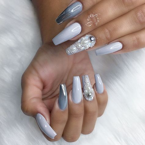 Coffin acrylic nails are not something beyond belief amazing. But every season does bring something new. We have some fresh ideas to design your coffin nails. Enjoy!