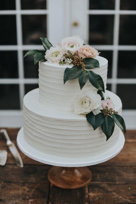 wedding cakes 2 tier white wedding cake, tier wedding cake, whi… – Famous Last Words Pastel Wedding Cakes, 2 Tier Wedding Cakes, Small Wedding Cakes, Wedding Cake Rustic, Wedding Topper, White Wedding Cakes, Wedding Cakes With Flowers, Wedding Cake Designs, Wedding Decor