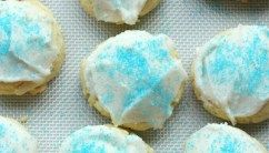 Old Fashioned Sour Cream Drop Cookies Recipe In 2020 With Images Soft Sugar Cookies Honey Cookies Sour Cream Sugar Cookies