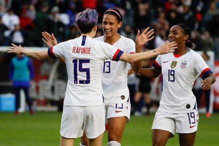 U S Women S Soccer Team Sets Price For Ending Lawsuit 67 Million In 2020 Women S Soccer Team Soccer Women S Soccer