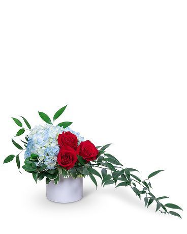 Heroic In Bonita Springs Fl Heaven Scent Flowers Inc July Flowers Flower Delivery Flower Arrangements