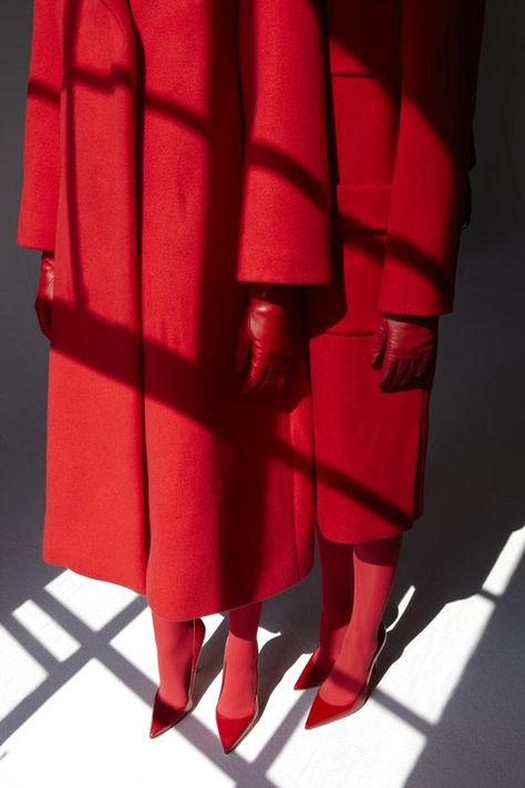 Red on Red on Red in the shadows | Viviane Sassen http://www.dailymail.co.uk/femail/article-2470009/Viviane-Sassen-photographs-display-UK-time.html