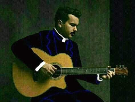 Sacerdote Tocando La Guitarra 3 Guitarras Tocar La Guitarra Sacerdote