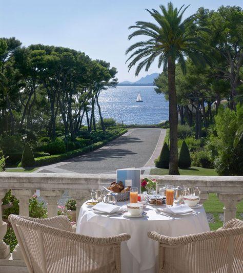 Gallery - Mediterranean Beach Hotel   Hotel du Cap-Eden-Roc