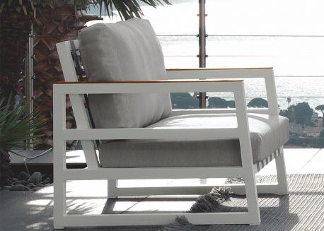 Pour Choisir Votre Salon De Jardin De Qualite Faites Confiance A Ksl Living Design Italien Meuble Terrasse Fauteuil Jardin