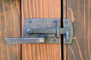 Two Sided Bronze Contemporary Gate Latch By Coastal Bronze 60 360