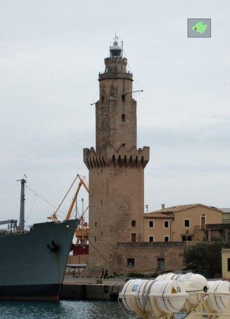 Lighthouse Palma De Mallorca West Pier Beautiful Lighthouse Light Of The World Lighthouse