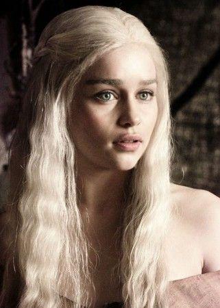 Pin De Makayla Stern Em I Like This Em 2020 Emilia Clarke