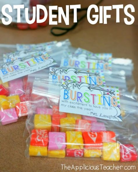 """Student Gifts Discover Getting Ready for Back to School: Setting Up for Meet the Teacher Starburst student gift tags- """"Im bursting with excitement to have you in my class!""""- Love this for the first day of school or meet the teacher! Back To School Night, Back To School Teacher, Meet The Teacher, 1st Day Of School, Beginning Of The School Year, Back To School Gifts For Kids, School Stuff, Middle School, High School"""