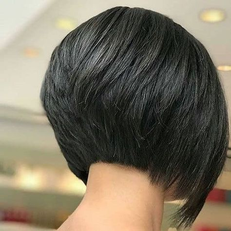 Short bob hairstyles 823877325569818328 - Layered Inverted Bob – Cute Inverted Bob Haircuts: Sexy Short & Long Inverted Bob Hairstyles Source by toptrendsguide Short Stacked Bob Haircuts, Short Stacked Bobs, Inverted Bob Hairstyles, Medium Bob Hairstyles, Short Hair Cuts, Haircut Short, Short Bob Cuts, Layered Inverted Bob, Simple Hairstyles