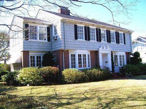 1940 Colonial Revival Moutrie Ga 129 900 House Paint Exterior House Exterior Colonial Revival