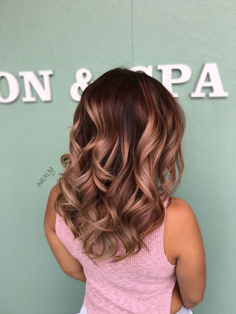 Rose gold Balayage ombré hair painting by @nealmhair