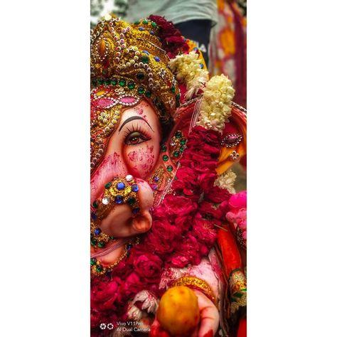 Ganpati bappa Morya😍 📷 :- @i_rashmi.m  Clicked with :- VivoV11pro  #ganesh #ganpati #ganeshchaturthi #ganeshvisarjan #polaroiddduc #mobilephotograpy #photographyskills #vivov11prophotography #vivov11pro #mobilepictures #flowerphotography #flower #ganpati #ganpatibappamorya  #life_being_a_picture #with_pixelite #nightphotography