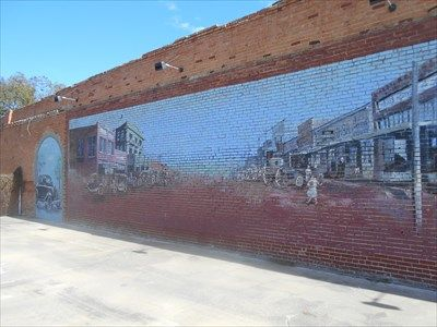 Two Men And A Town Wilson Ok Murals On Waymarking Com Towns Natural Landmarks Two Men