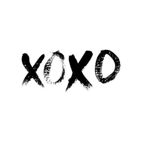 XOXO lettering by Diane Faye Zerr of Faye & Co.