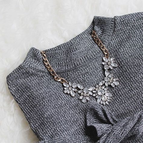 Glam And Glitter Statement Necklace - #fashion #style #ootd #girly #fashionista #silvernecklace #jewelry #glam - 24,90� @happinessboutique.com