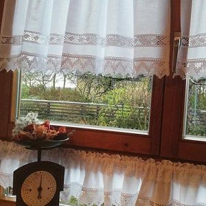 Vintage Curtain French Nordic Style Shabby Topper Tende Shabby Chic Cantonniere Kitchen Curtain Lace Window Valance Country House Garden White 249 In 2020 Vintage Curtains White Curtains Shabby Chic Farmhouse