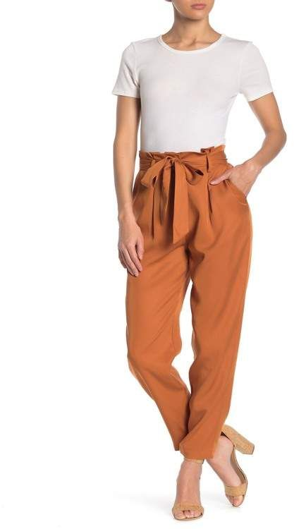 orange pants outfit