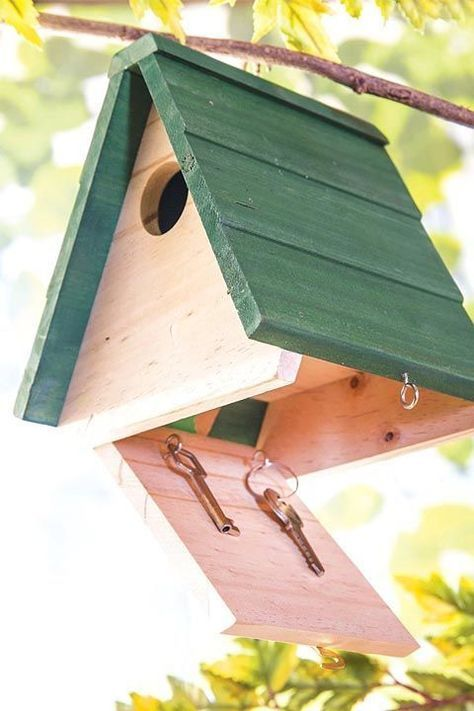 clever is not only a cute addition to your yard, but also stealthy solution for keys and whatever else you want to keep hidden from others — Outdoor Projects, Home Projects, Outdoor Decor, Bird House Feeder, Bird House Plans, Bird Houses Diy, Homemade Bird Houses, Homemade Bird Feeders, House Keys