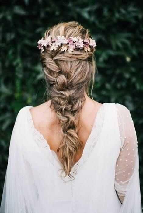 13 Peinados de novia pelo largo