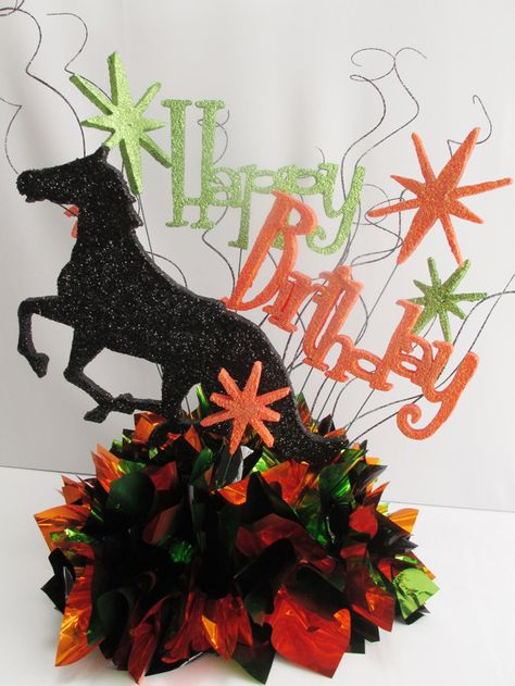 this cute horse themed happy birthday table centerpiece would be rh pinterest com