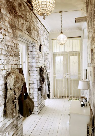 entryway, white decor brick walls