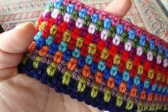 Moss stitch - one double, one chain.. love the stripedness.