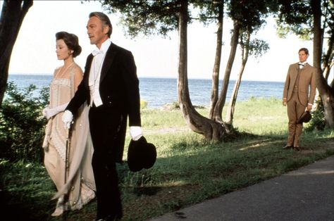 Jane Seymour, Christopher Reeve and Christopher Plummer in Somewhere in Time (1980)