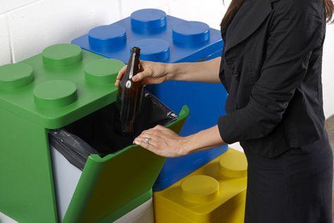Reciclar basura en casa: original contenedor con cubos de lego | Blog de ecología: reducir, reciclar, reutilizar y radio