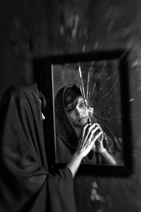 фото разбитое зеркало великий