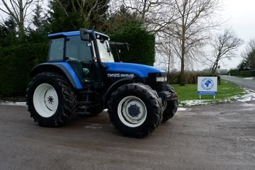 New Holland Tm125 Tractor Master Illustrated Parts List Manual Tractors New Holland New Holland Agriculture