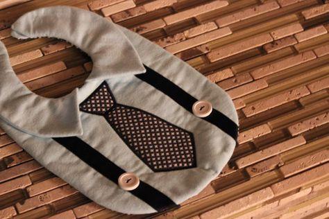 Babero de camisa y corbata por TamaraMarieOriginals en Etsy
