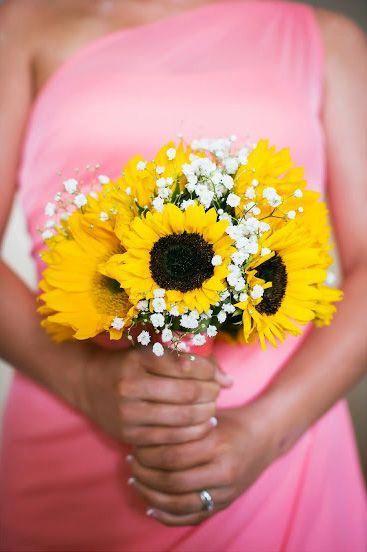 Wedding Flowers Uk Online Sunflower Bridesmaid Bouquet Rustic Sunflower Wedding Sunflower Wedding