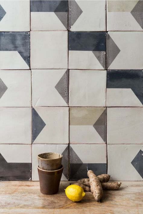 Subtle Imperfections: Screen-Printed Ceramic Tiles from a Small-Batch London Company – Remodelista Anie Arn stephaniearnz bodennah Smink Things After Lowry Tile …