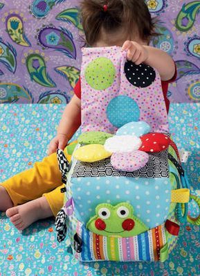 Kwik Sew 0137 sewing pattern to Make Baby Toys-Activity Cube /& Bug Toy