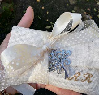 Bomboniere Matrimonio Ricamate.Bomboniera Matrimonio Nel 2020 Bomboniera Bomboniere