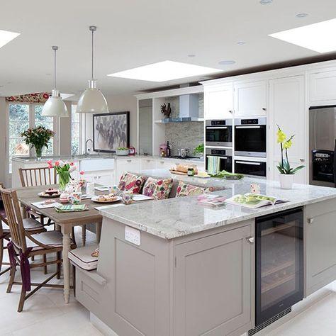 Küchen Küchenideen Küchengeräte Wohnideen Möbel Dekoration Decoration Living Idea Interiors home kitchen - Hellgraue Küche mit Kochinsel
