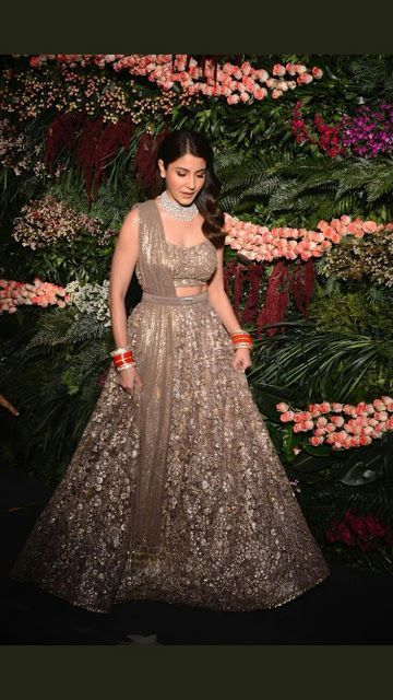 20 Indian Wedding Reception Outfit Ideas For The Bride 20 Indian Wedding Indian Wedding Reception Outfits Wedding Reception Outfit Reception Gown For Bride