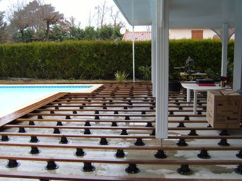 Réalisation du0027une terrasse en bois (double structure) sur vis de