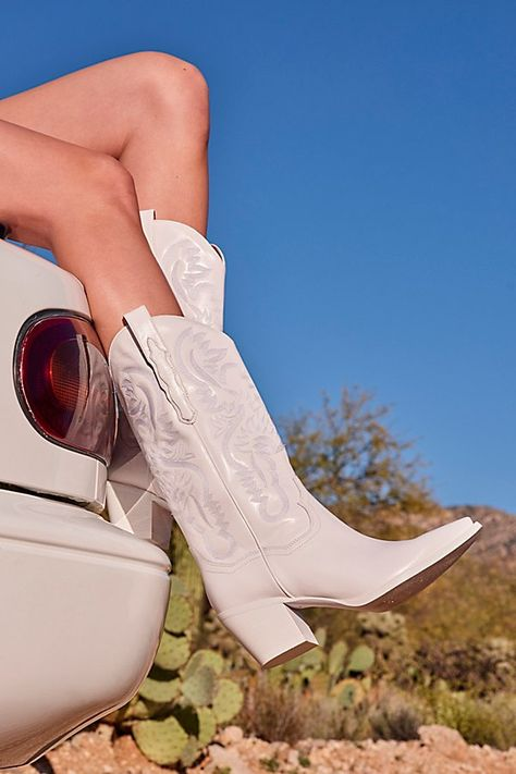Dagget Western Boots by Jeffrey Campbell at Free People, White, US 8 White Cowgirl Boots, Cowboy Boot Outfits, Cowboy Boots Women, Western Boots For Women, Wedding Cowgirl Boots, Fringe Cowboy Boots, Cowgirl Dresses, Cowgirl Tuff, Cowgirl Clothing