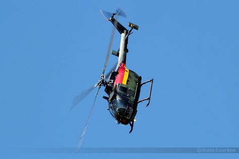 Demonstration of the capabilities of a Bo 105 of the German Heer (Army). RIAT Fairford 2015.