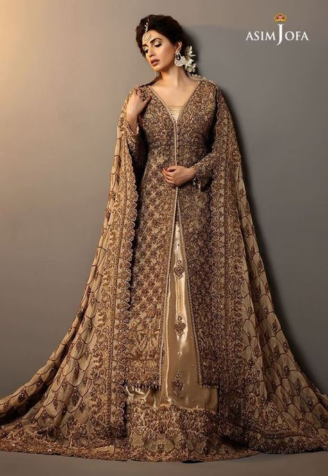 Buy Pakistani bridal dresses online from bridals. Shop latest collection of designer bridal wedding dresses online and get ready for your big day.