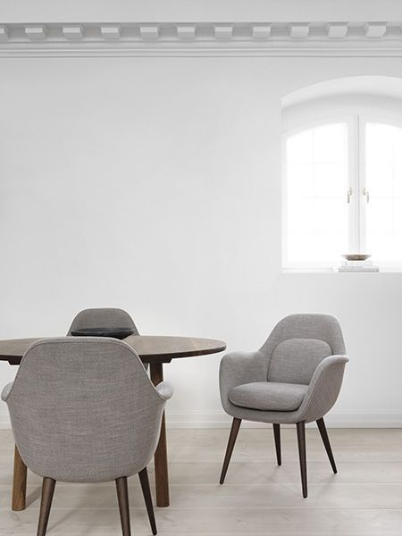 Chaise Swoon Chair design Space Copenhagen Fredericia
