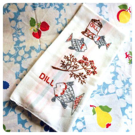 EMBROIDERED FLOUR SACK DISH TOWEL
