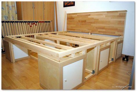 Diy Beds With Storage Space High Bed With Storage To Build Yourself Pin Bed Yourself Build Space S Bett Mit Stauraum Bett Selber Bauen Bett Lagerung